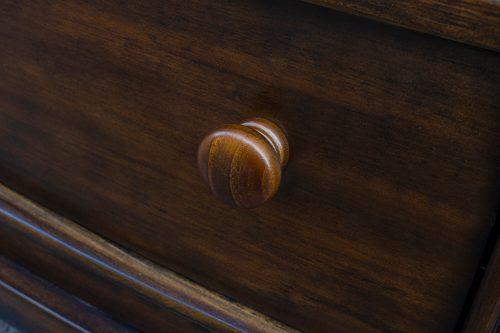 Nightstand with three drawers - Bahama Shutterwood - knob detail - CF-1136-0158