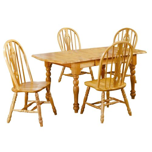 Oak Selections - 5-piece dining set - Extendable dining table with butterfly leaf and four keyhole chairs in a light-oak finish DLU-TDX3472-124S-LO5PC