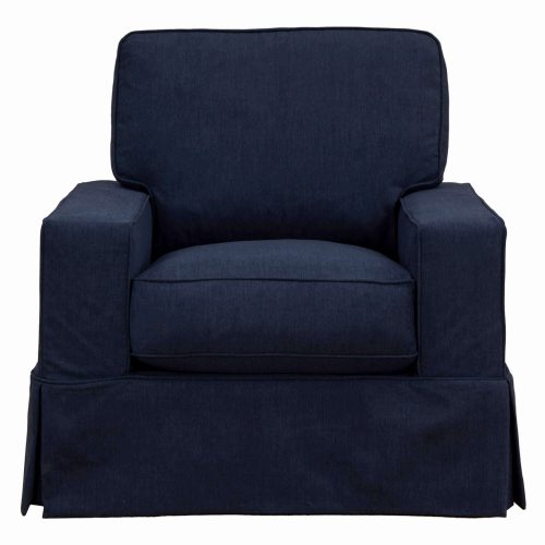 Americana Slipcovered Collection: Chair, front view. Fabric color: 391049